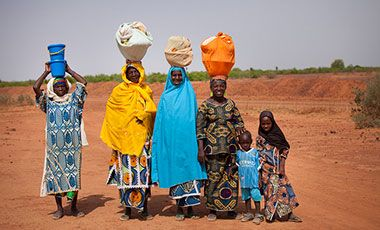 Women and children in Niger